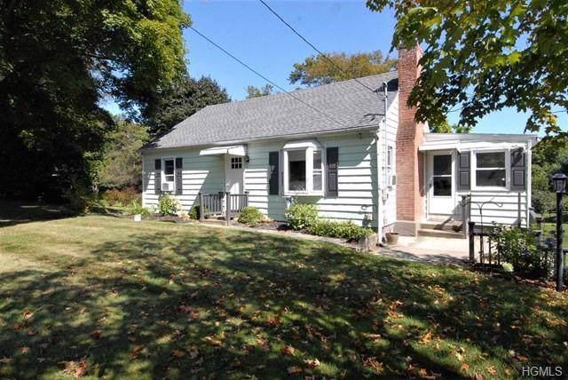 22 Smith Road, Pleasant Valley, NY 12569 (MLS #5098299) :: Mark Seiden Real Estate Team