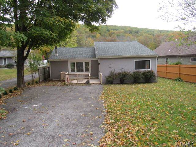 482 Sprout Brook Road, Garrison, NY 10524 (MLS #5104264) :: William Raveis Legends Realty Group