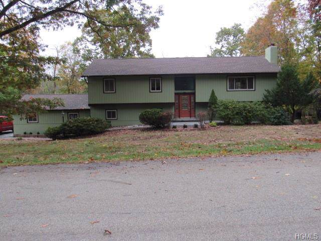 10 Summit Ridge Road, Newburgh, NY 12550 (MLS #5105886) :: Shares of New York