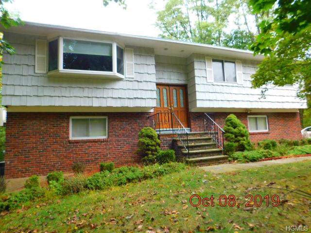 9 Foxwood Lane, Thornwood, NY 10594 (MLS #5106681) :: William Raveis Legends Realty Group