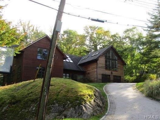 28 Priory Lane, Pelham, NY 10803 (MLS #5112532) :: William Raveis Baer & McIntosh