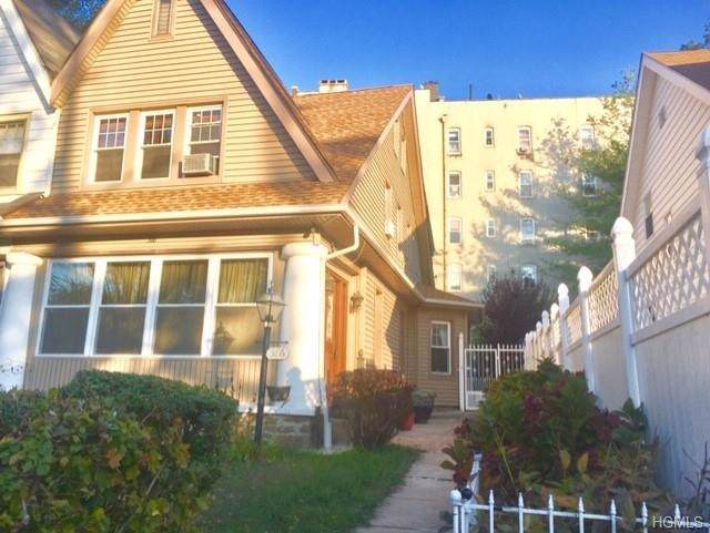 386 Hawthorne Avenue, Yonkers, NY 10705 (MLS #5119093) :: Mark Boyland Real Estate Team