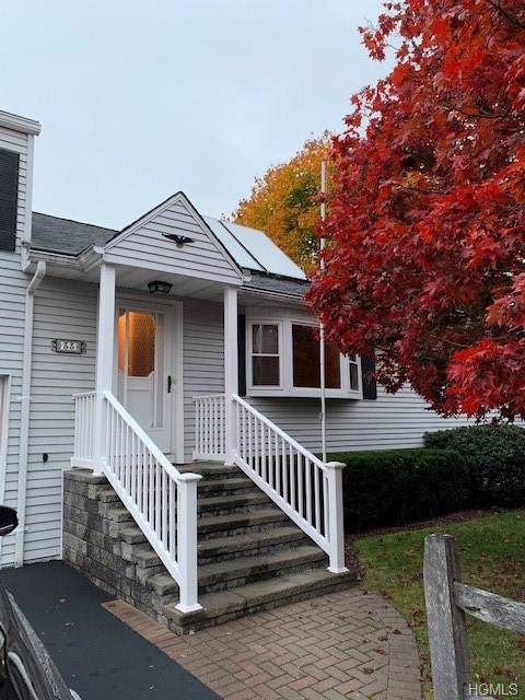 33 Pleasant Lane, Poughkeepsie, NY 12603 (MLS #5119681) :: The Anthony G Team