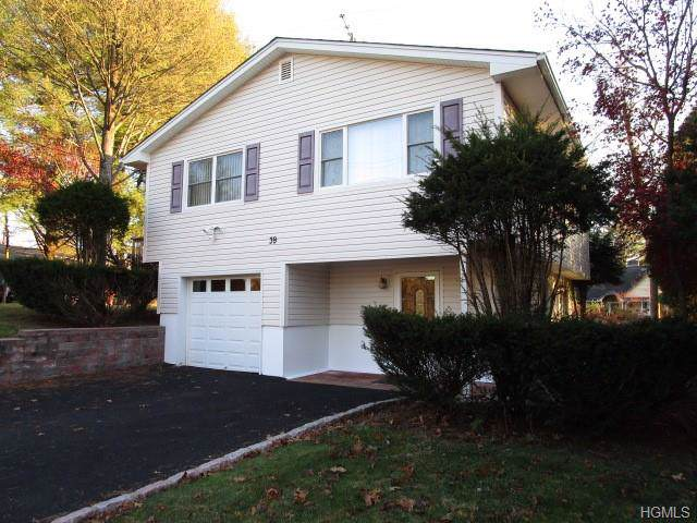 39 Central Drive, Nanuet, NY 10954 (MLS #5120592) :: The Anthony G Team