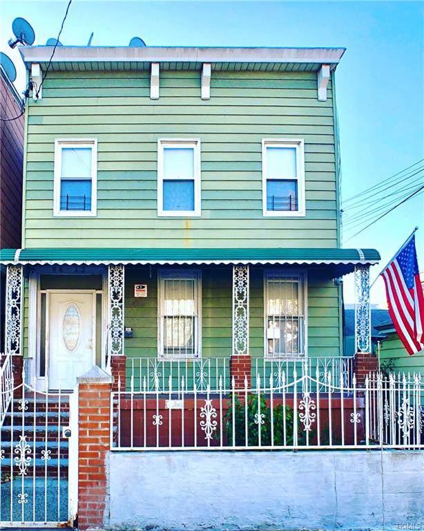 8812 77TH Street, Woodhaven, NY 11421 (MLS #5120620) :: Mark Boyland Real Estate Team