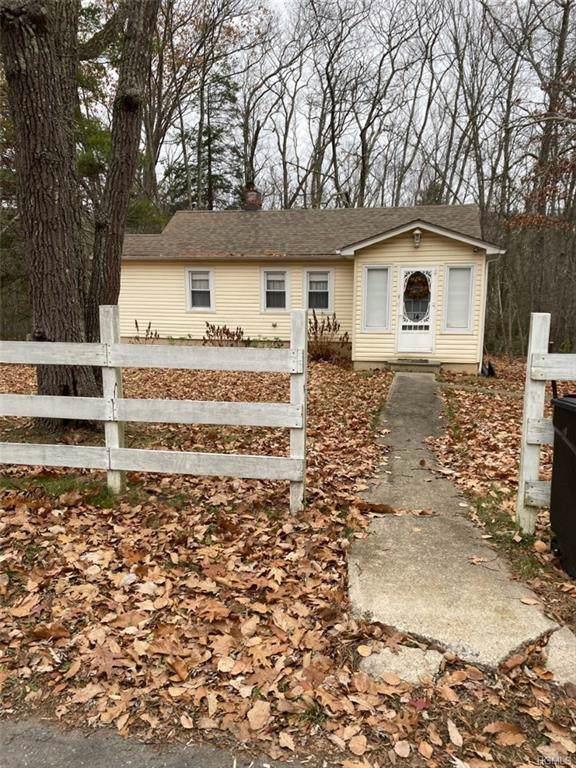 14 Brook Trail W, Wurtsboro, NY 12790 (MLS #5120625) :: Mark Boyland Real Estate Team