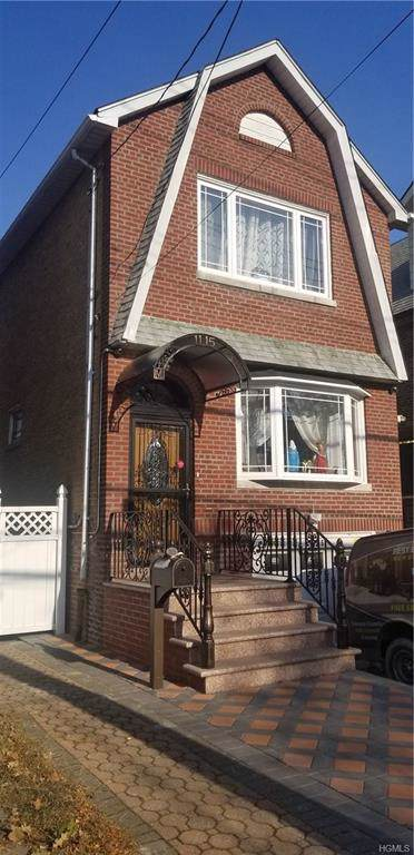 1115 Rhinelander Avenue, Bronx, NY 10461 (MLS #5121101) :: The Home Team