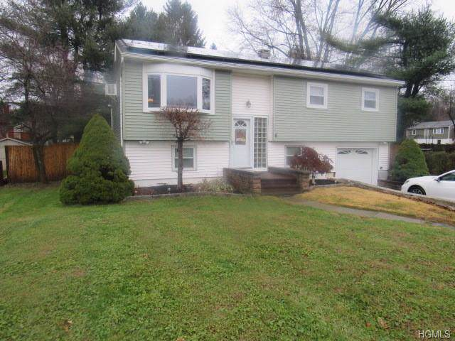 104 Deer Lane, Hopewell Junction, NY 12533 (MLS #5122189) :: The Home Team