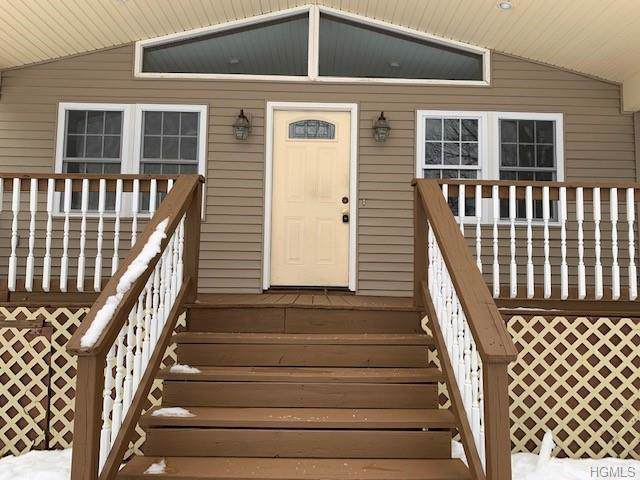 106 John Street, Maybrook, NY 12543 (MLS #5124844) :: Marciano Team at Keller Williams NY Realty