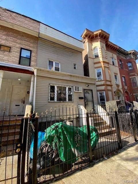 521 Tinton Avenue, Bronx, NY 10455 (MLS #5126090) :: The Anthony G Team