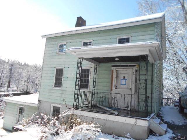 16 Maple Street, Beacon, NY 12527 (MLS #5126617) :: Mark Boyland Real Estate Team