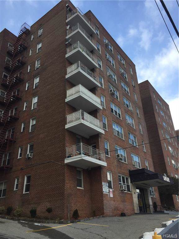365 Bronx River Road - Photo 1