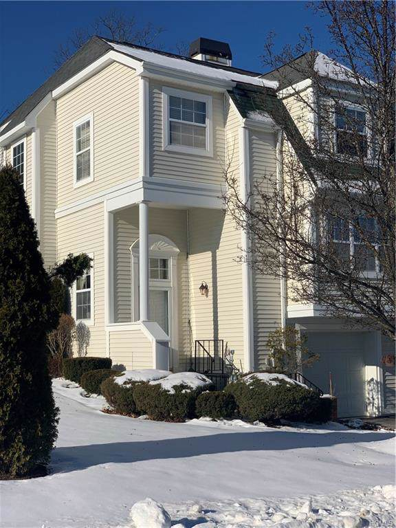 105 Delafield Lane, Newburgh, NY 12550 (MLS #6003608) :: The Home Team