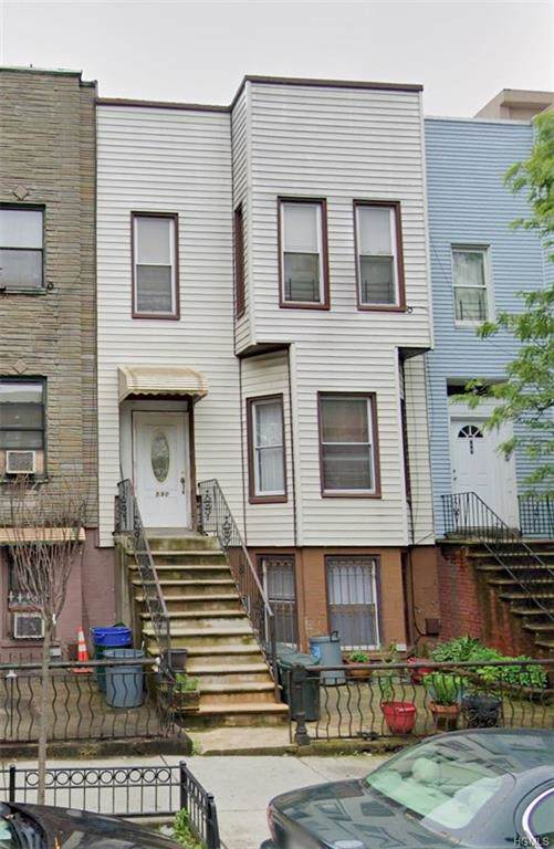 590 Bainbridge Street, Bushwick, NY 11233 (MLS #6005539) :: Mark Boyland Real Estate Team