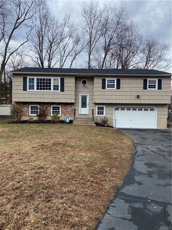 3 Candlewood Court, New City, NY 10956 (MLS #6006988) :: RE/MAX RoNIN