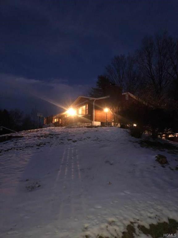 15 Rocky Hill Road, New Paltz, NY 12561 (MLS #6008251) :: Cronin & Company Real Estate