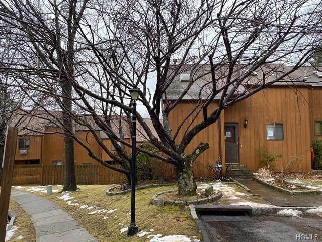 15 Lark Lane, Croton-On-Hudson, NY 10520 (MLS #6011889) :: Mark Seiden Real Estate Team