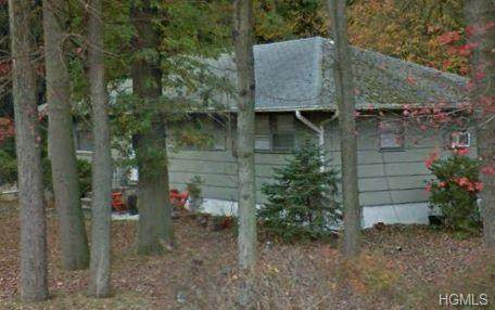 376 Jeffrey Place, Valley Cottage, NY 10989 (MLS #6013828) :: William Raveis Baer & McIntosh