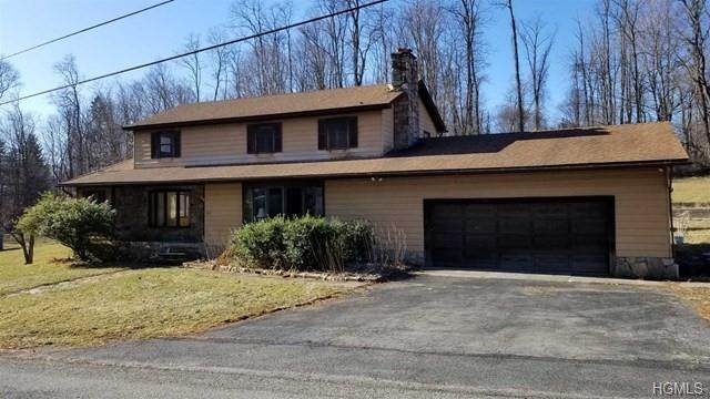 215 Augusta Drive, Hopewell Junction, NY 12533 (MLS #6016873) :: William Raveis Legends Realty Group