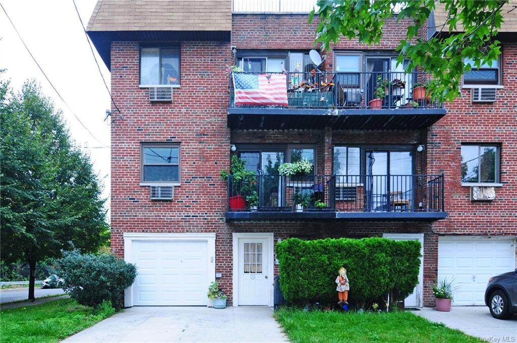292 Buttrick Avenue - Photo 1