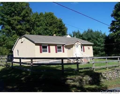 381 Oak Ridge Road - Photo 1