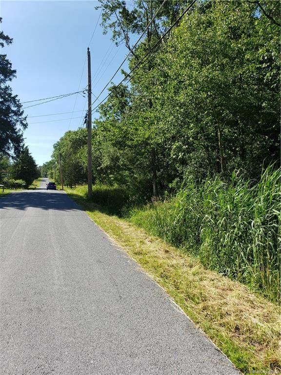 10 Strack Road - Photo 1