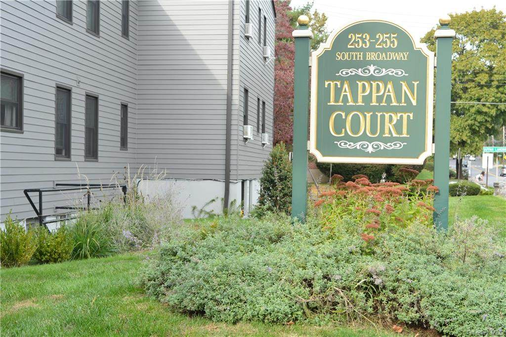 12 Tappan Landing Road - Photo 1