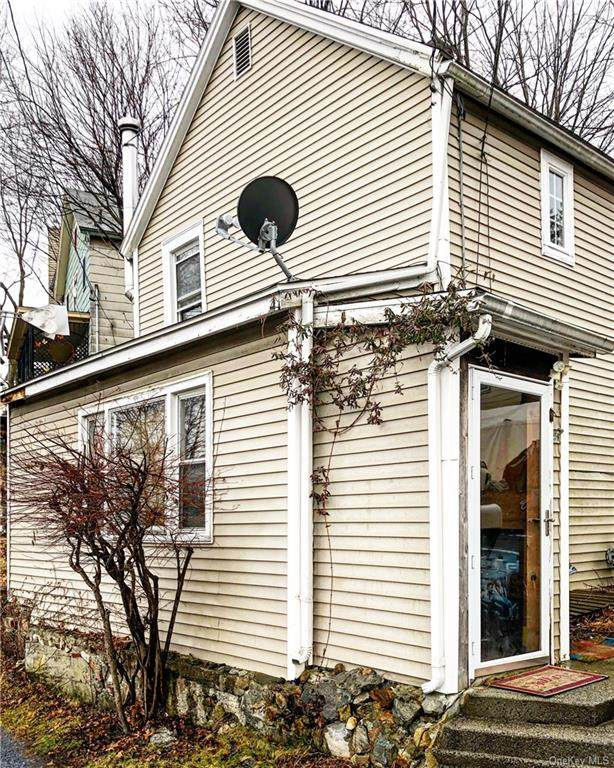 47 Cozzens Avenue, Highlands, NY 10928 (MLS #H5123145) :: Cronin & Company Real Estate