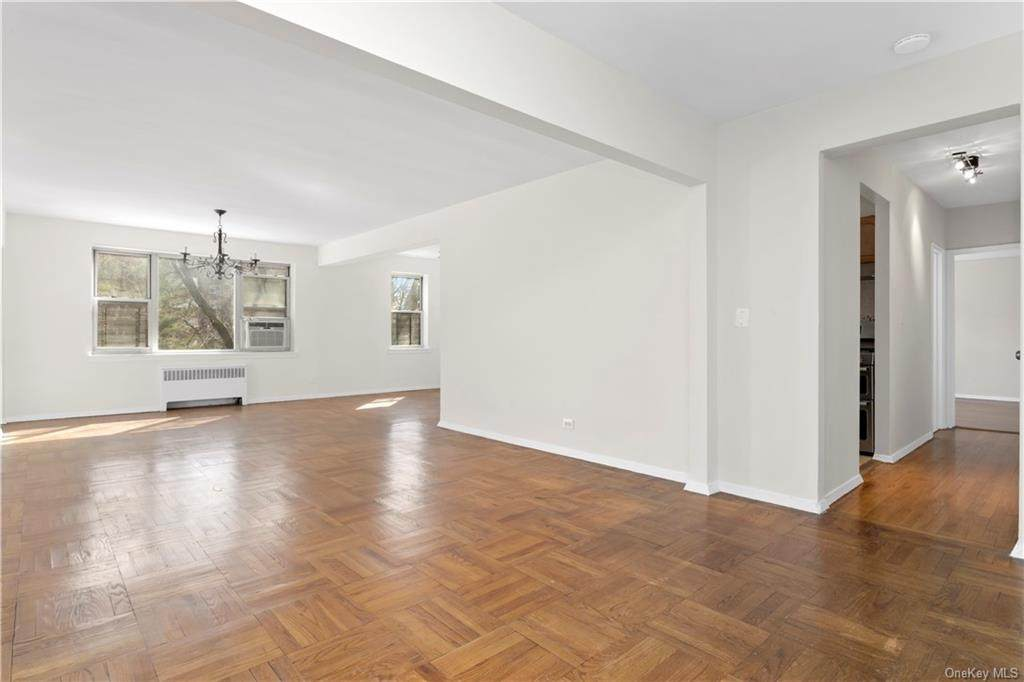 2711 Henry Hudson Parkway - Photo 1