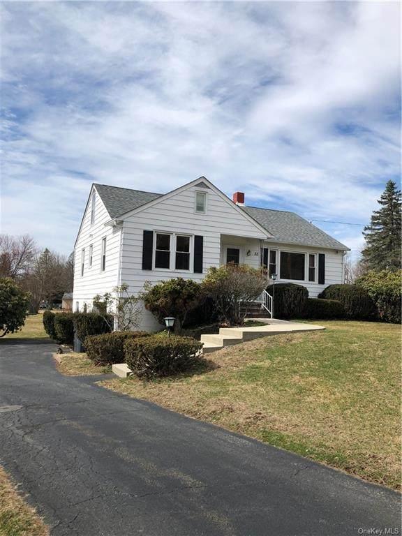 55 Borden Road, Montgomery Town, NY 12586 (MLS #H6025671) :: Cronin & Company Real Estate