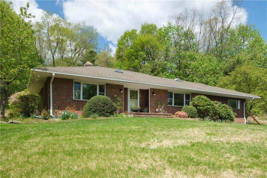155 Hungry Hollow Road - Photo 1