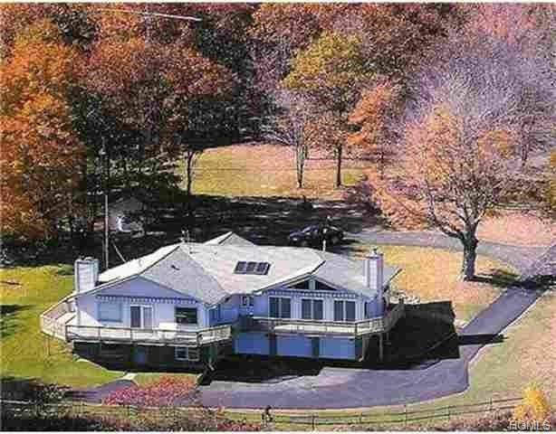 79 Sunrise Drive, Neversink, NY 12788 (MLS #H6032319) :: William Raveis Legends Realty Group