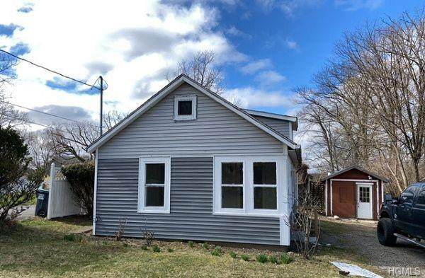 30 Rhode Island Avenue, Wallkill Town, NY 10940 (MLS #H6032399) :: Mark Boyland Real Estate Team