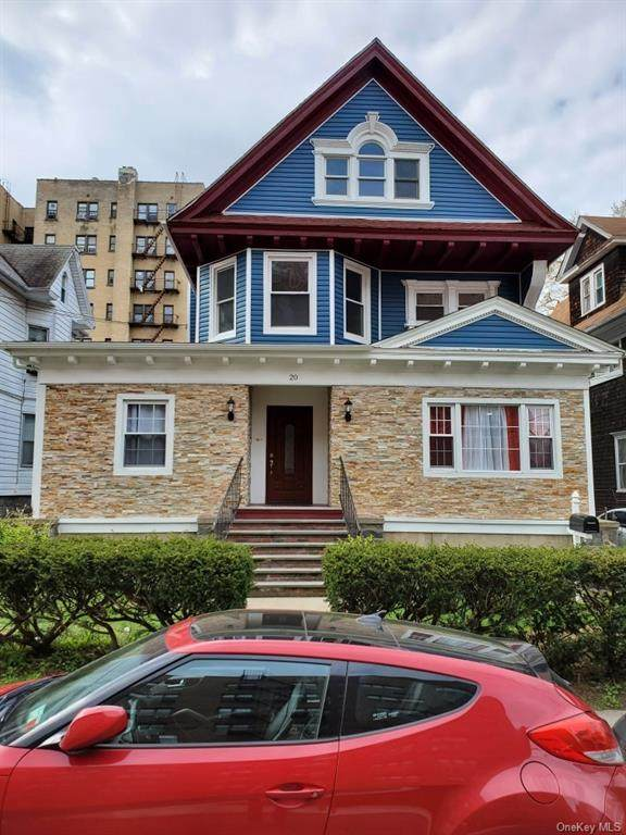 18 aka 20 St Andrews Place - Photo 1