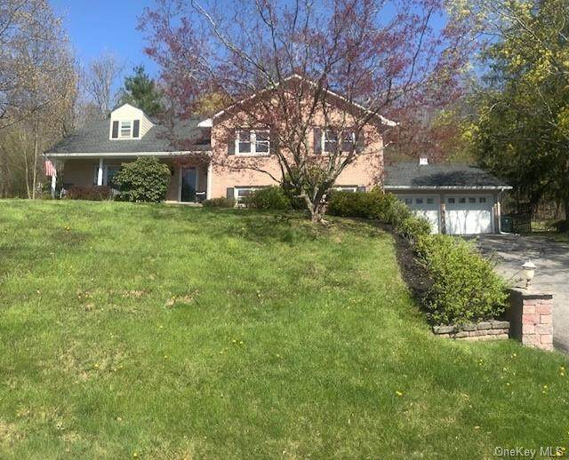 27 Yankee Maid Lane, Goshen Town, NY 10924 (MLS #H6037091) :: Cronin & Company Real Estate