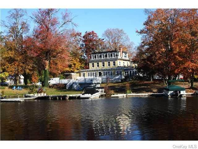 7 Waterstone, Warwick Town, NY 10925 (MLS #H6038227) :: The Ramundo Team