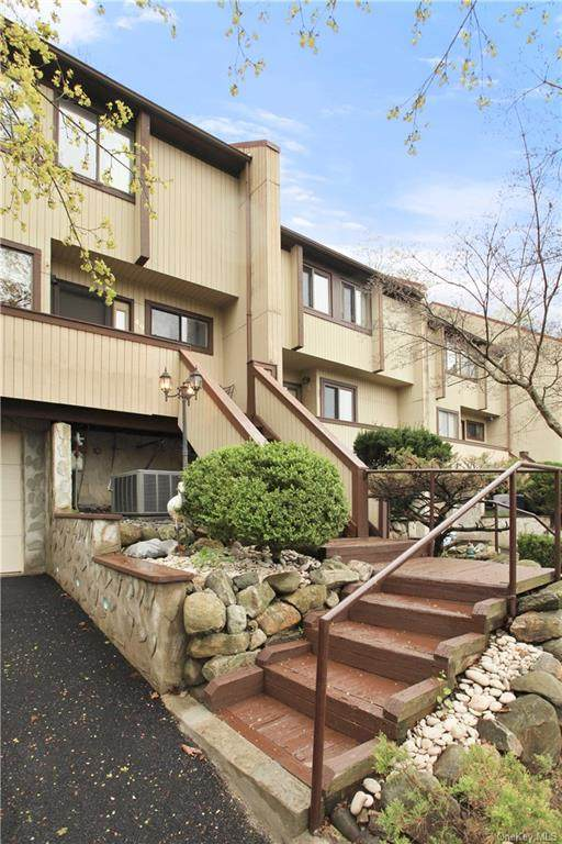 49 Rockledge Drive, Suffern, NY 10901 (MLS #H6038378) :: William Raveis Baer & McIntosh