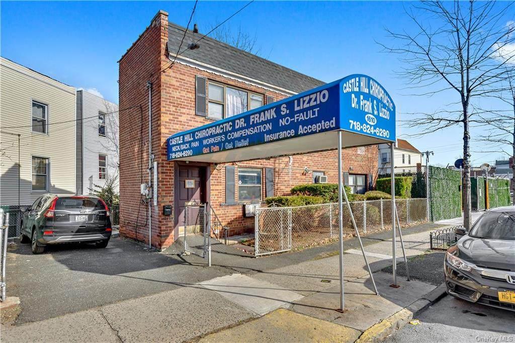 1610 Castle Hill Avenue - Photo 1