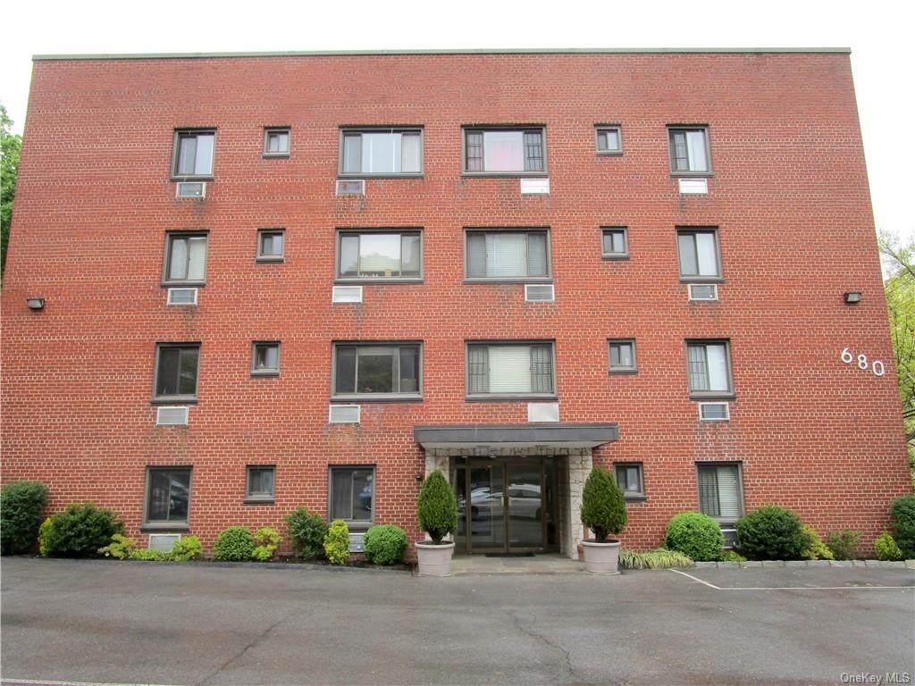680 Terrace Avenue - Photo 1