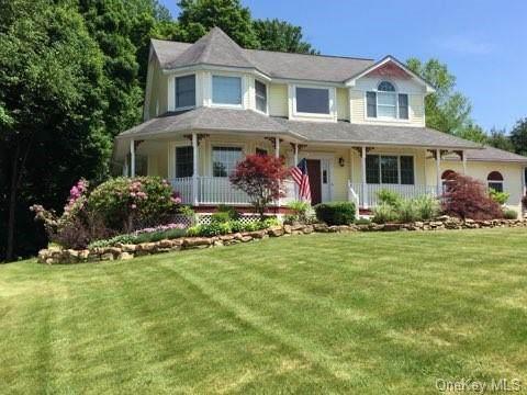15 Ridgefield Road, Warwick Town, NY 10990 (MLS #H6038709) :: Cronin & Company Real Estate
