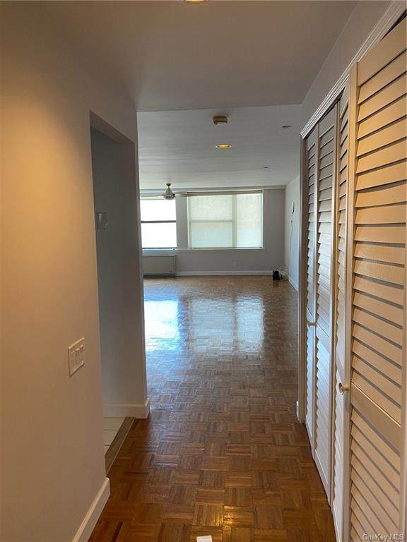 23 Water Grant Street 7A, Yonkers, NY 10701 (MLS #H6039455) :: Mark Seiden Real Estate Team