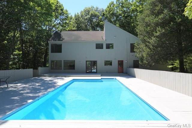 25 Cross Pond Road, Lewisboro, NY 10576 (MLS #H6039898) :: Mark Boyland Real Estate Team