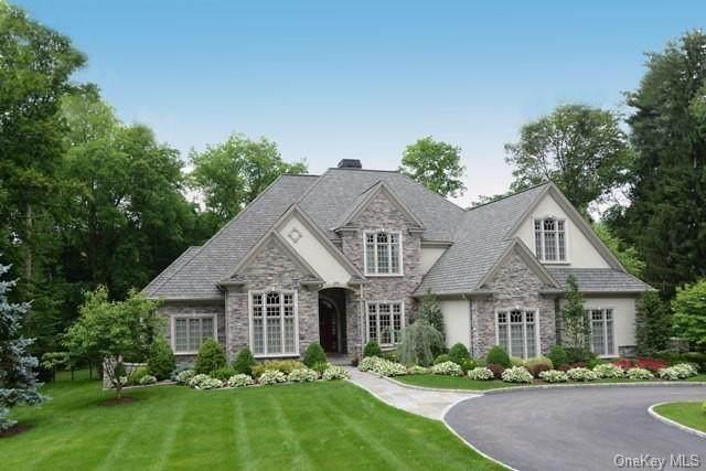 8 Bridey Lane, Southeast, NY 10509 (MLS #H6039987) :: Cronin & Company Real Estate