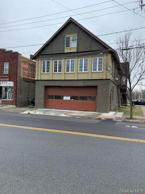 766 Main, Poughkeepsie Town, NY 12603 (MLS #H6040540) :: Cronin & Company Real Estate