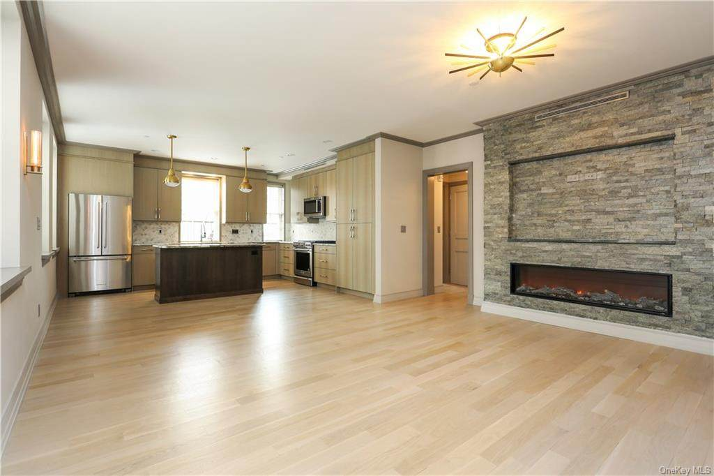 26 East Parkway - Photo 1