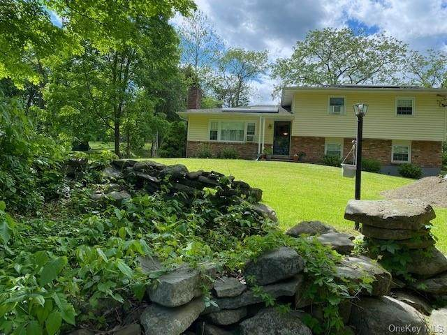 9 Sycamore Drive, Newburgh Town, NY 12550 (MLS #H6041334) :: Mark Boyland Real Estate Team