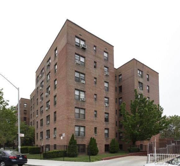 150-10 71st Avenue 2G, Kew Garden Hills, NY 11367 (MLS #H6042005) :: McAteer & Will Estates | Keller Williams Real Estate