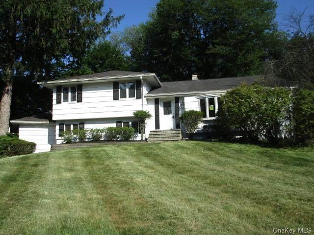 11 Mark Lane, Clarkstown, NY 10956 (MLS #H6047352) :: William Raveis Baer & McIntosh