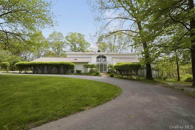 5 Beverly Court, East Fishkill, NY 12533 (MLS #H6049284) :: William Raveis Legends Realty Group