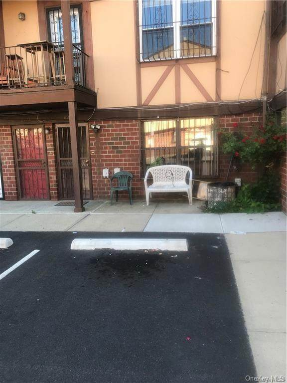 827 E 161st Street A, Bronx, NY 10459 (MLS #H6049332) :: Kevin Kalyan Realty, Inc.